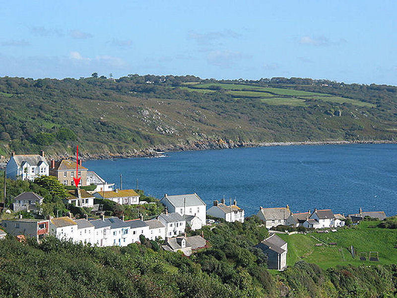 Pindos Cottage - position in Coverack Cornwall