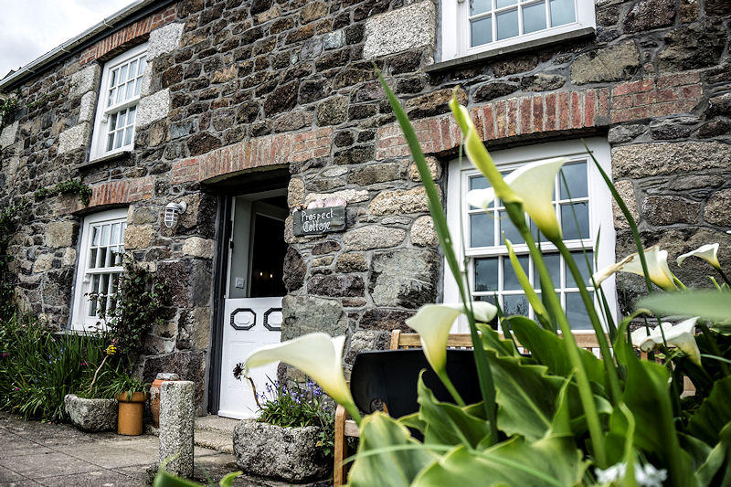 Prospect Cottage Coverack Cornwall - traditional Cornish Cottage