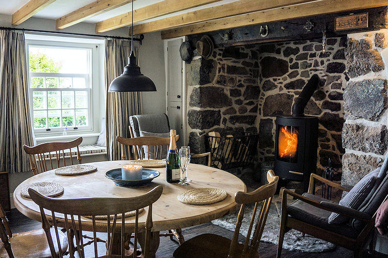 Cornish Range Kitchen - Self Catering Lindford House Cornwall