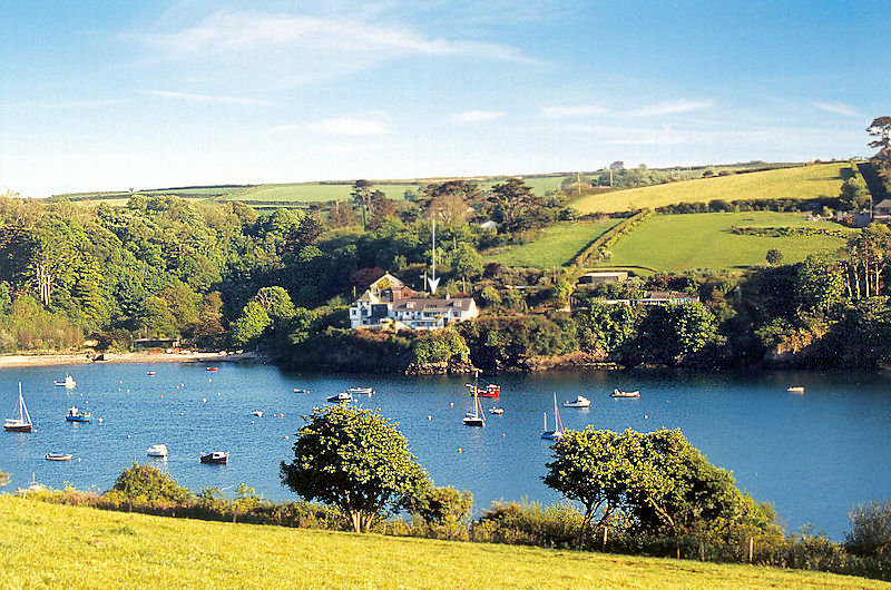 self catering cottage Cornwall - Rose on The Cliff Cottage