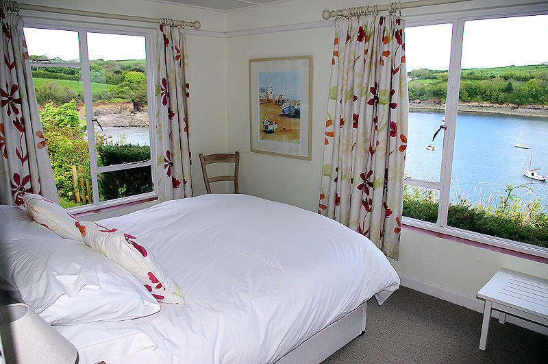 Self Catering Cornwall - wow, what a view - Lindford House