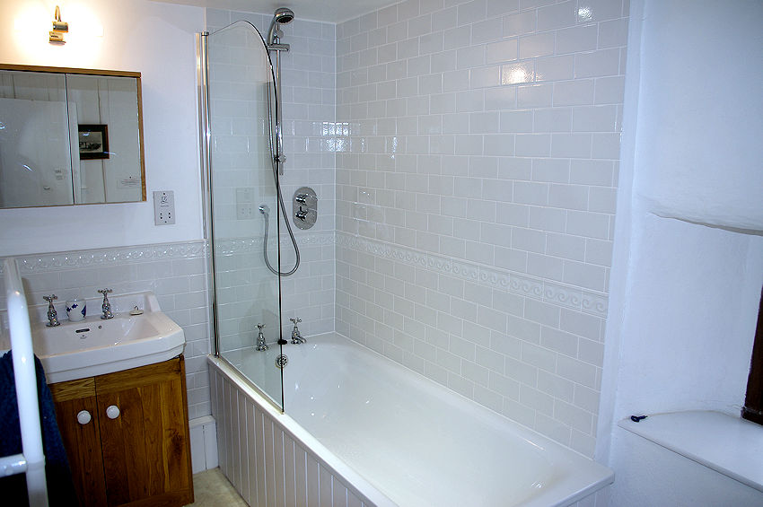 Self Catering Cornwall - bathrooms