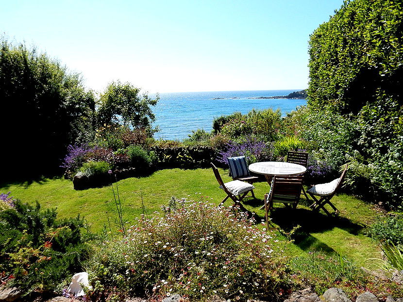 Sunny side - the sea view from the garden - self catering cornwall