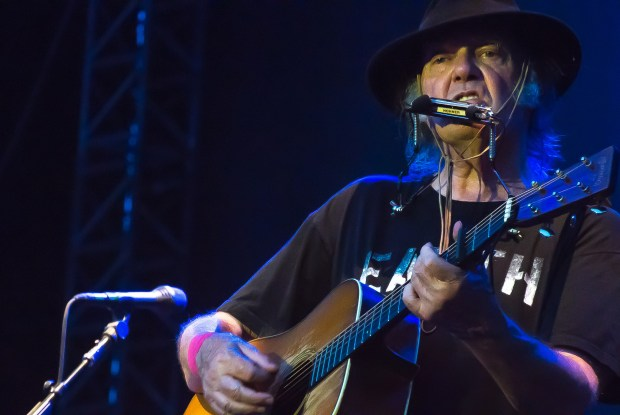 Neil Young & Crazy Horse - Zollhafen / Nordmole, Mainz, Germany 28 July 2014