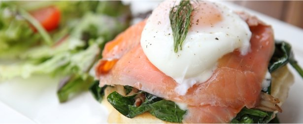 Blini with Smoked Salmon & Poached Egg-link
