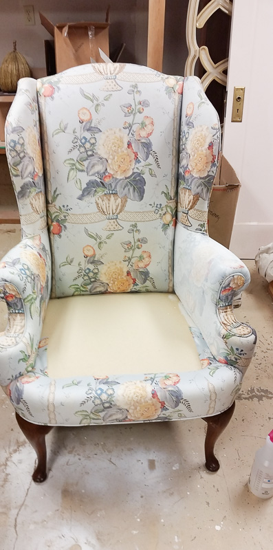 painted chair 19-131353