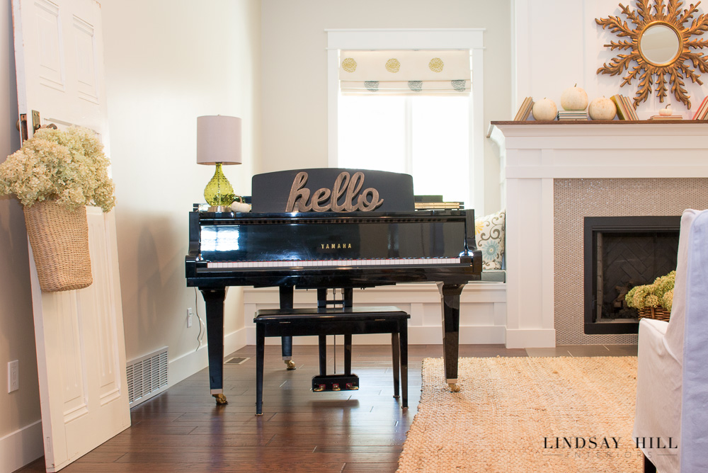 kf home tour lr piano-3963
