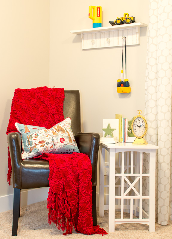 kiddie room post chair-4238