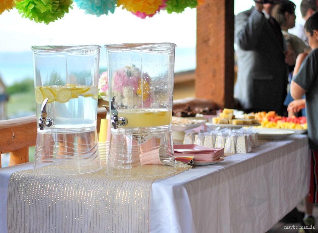table setting rustic summer wedding decorating