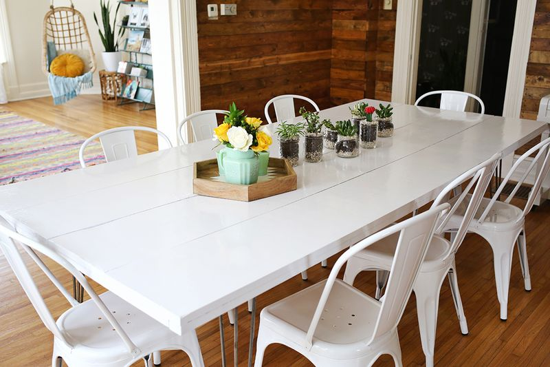paint a dining room table