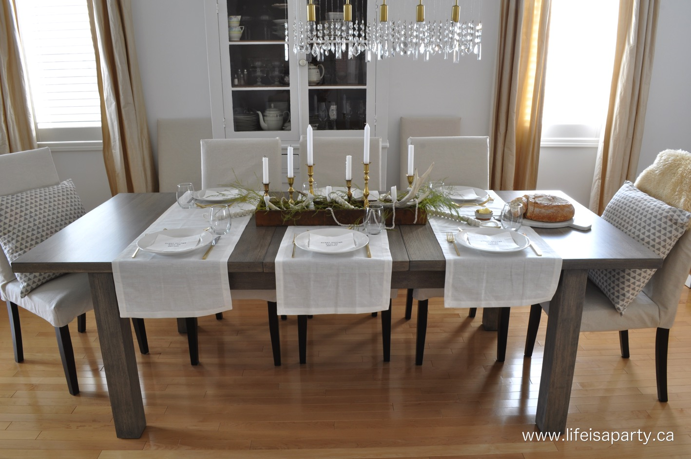 strip a dining room table