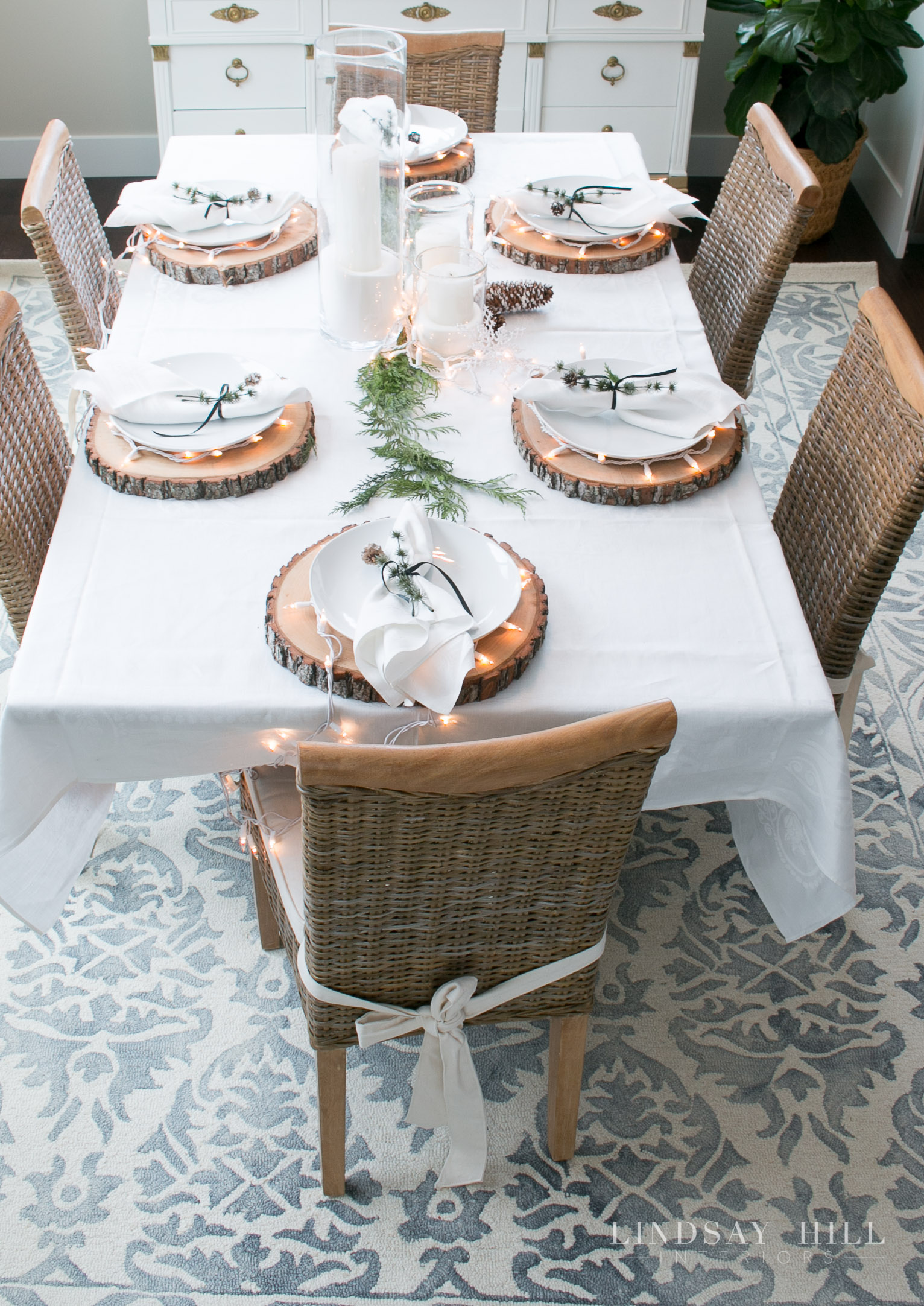 lindsay hill interior holiday dining table