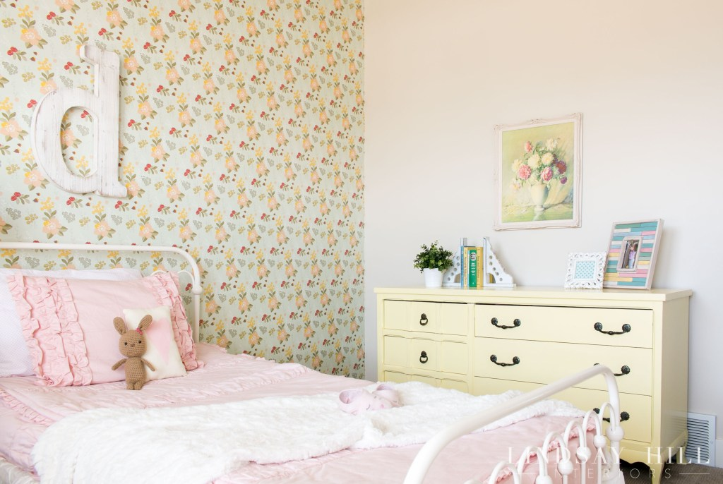 flower garden girl's bedroom