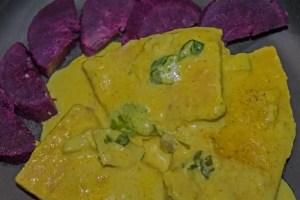 Espadon au lait de coco et patates douces violettes