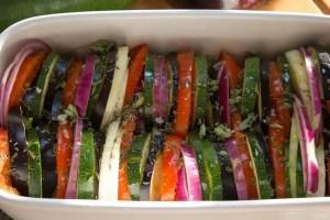Tin de légumes avant cuisson