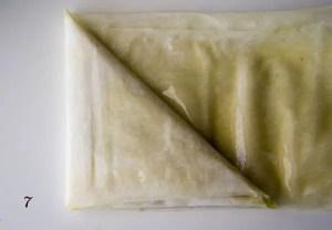 dobrar a massa para chamuça.7