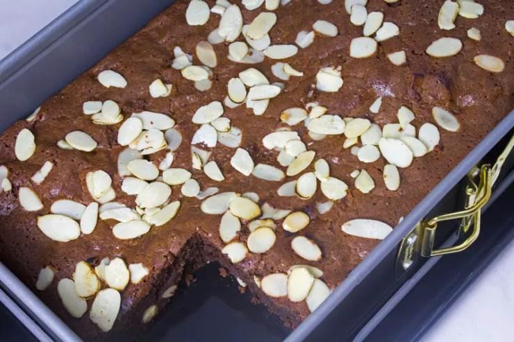 Gâteau - Brownie au chocolat noir et aux fruits secs