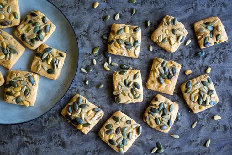 Biscuits salés graines et parmesan