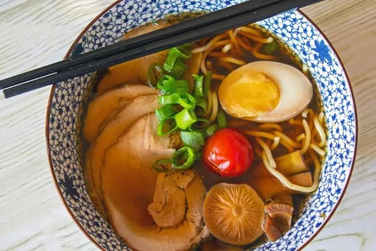 Mon bol de Soupe ramen au porc et bouillon Shoyu