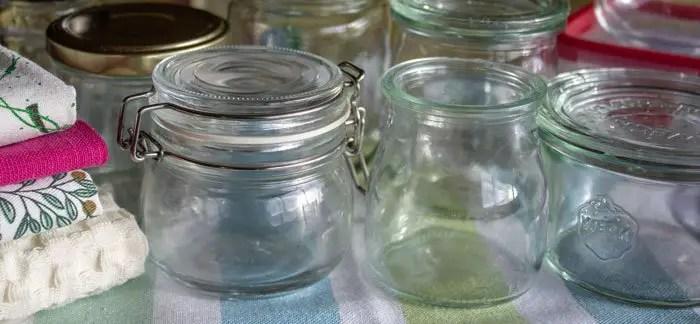 Bocaux et pots de verre de récupération