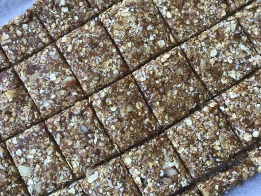 Prédécouper la pâte en carrés
