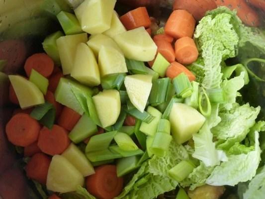 Marmite de légumes pour la soupe