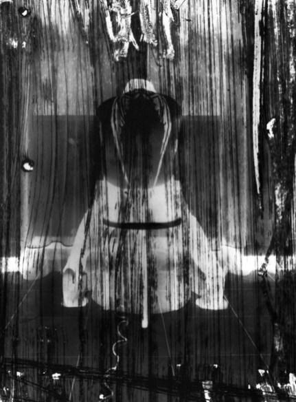 Ivan Piano, 4'33'', 2018, stampa ai sali d'argento, 30x40 cm (opera unica) courtesy galleria SR Contemporary Art (Berlino, Milano)