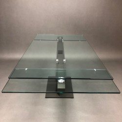 Table AXEL Hatano Hyoshiaru Roche Bobois