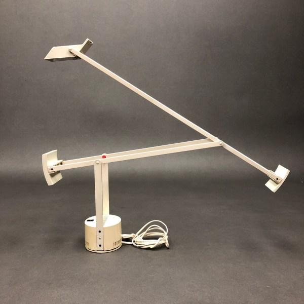 Lampe à poser Tizio Richard Sapper Artemide