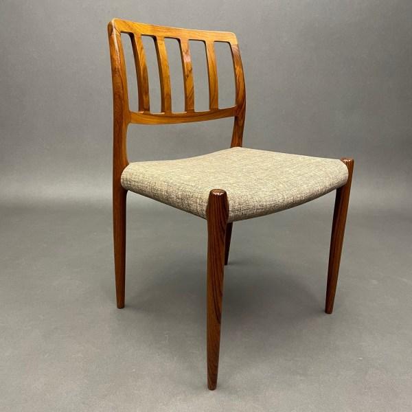 Lot de 6 chaises Model 83 Møbelfabrik Danemark en Palissandre Niels Otto Moller
