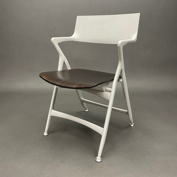 Chaise pliante assise wengué Dolly Antonio Citterio Kartell