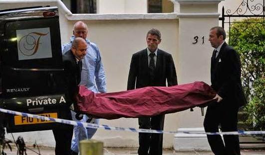 amy-winehouse-dead-body-bag (1)