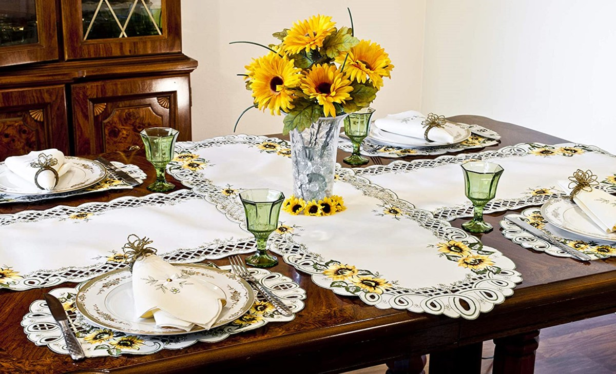 creating a beautiful table setting