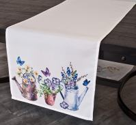 farmhouse table runner with watering cans