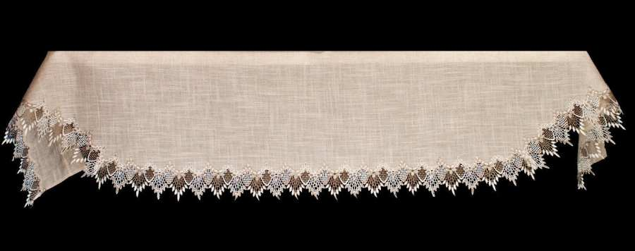 two tone neutral beige lace fireplace mantel scarves
