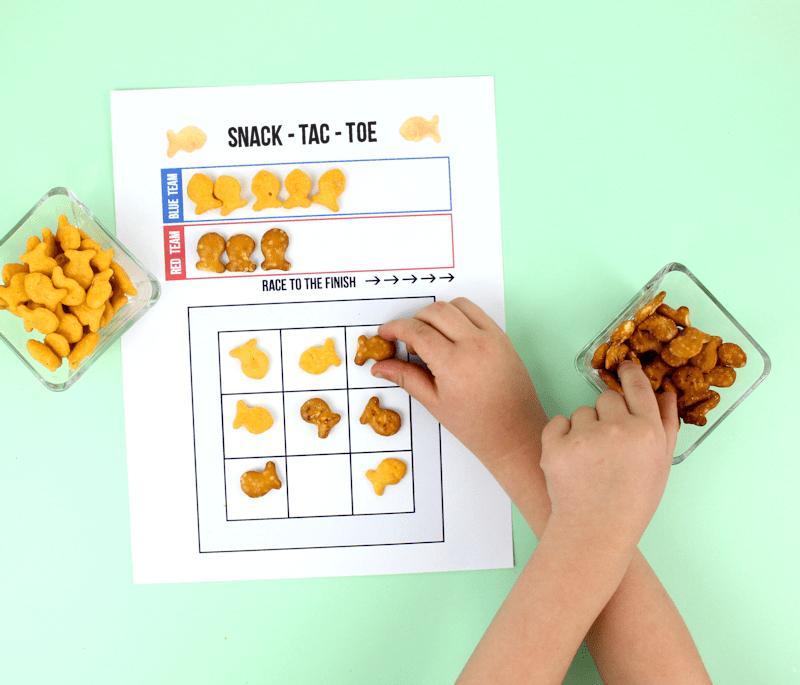 Tic Tac Toe - Free Printable Game with snacks @linesacross
