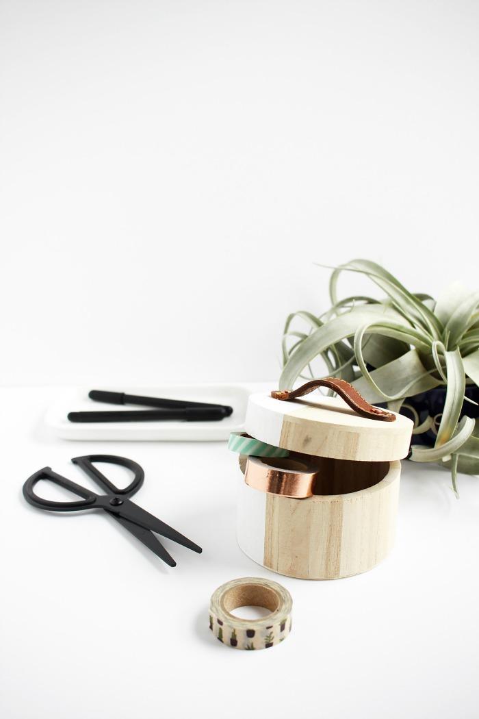 leather-handle-jewelry-organizer