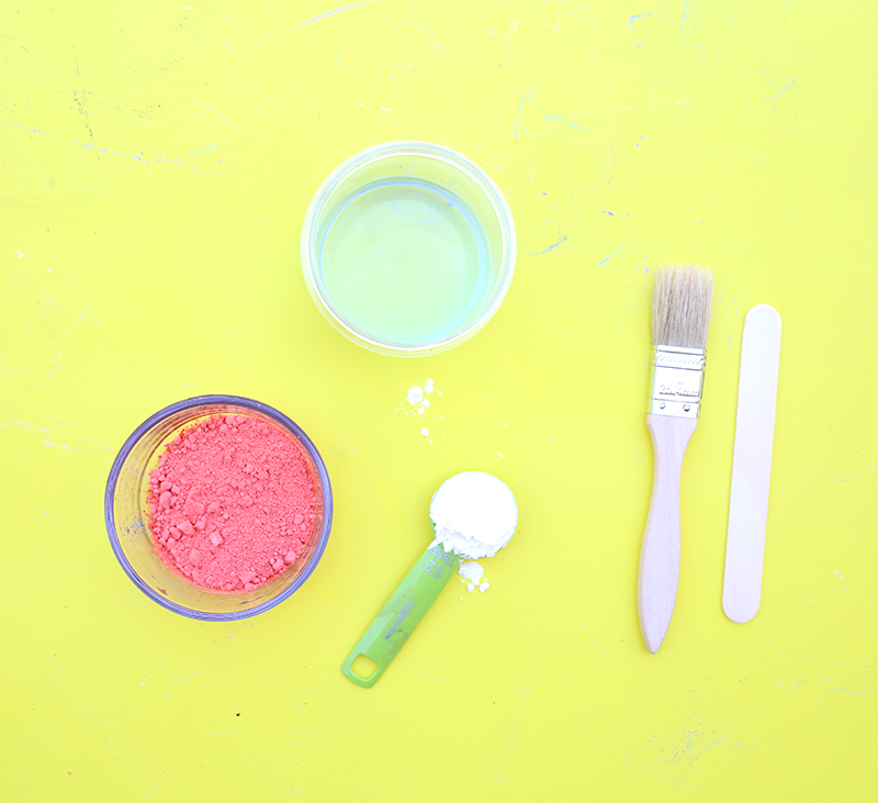 DIY Sidewalk Chalk paint - click through for the full recipe and tutorial at Lines Across