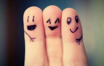 making-new-friends-fingers