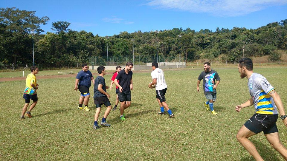 Rugby Unesp Bauru treinando: Objetivo é fazer boa campanha na LOPAR.