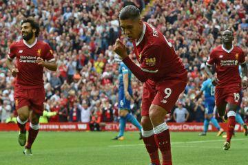 O Liverpool fez uma linda ação social para lançar sua nova camisa ... a9b45e8cc784d