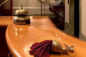 foto articolo addio portiere di albergo