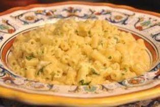 foto ricetta pasta cacio e uova