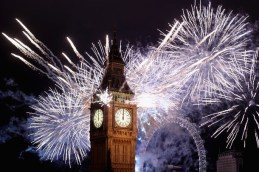LONDON, ENGLAND - JANUARY 01: Fireworks light up the London skyline and Big Ben just after midnight on January 1, 2012 in London, England. Thousands of people lined the banks of the River Thames in central London to see in the New Year with a spectacular fireworks display. (Photo by Dan Kitwood/Getty Images)