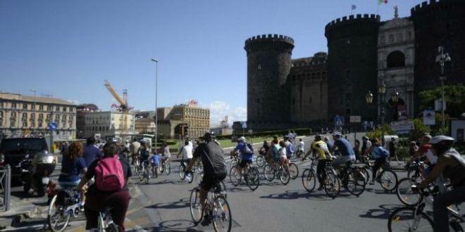 Boom di visite e napoletani che vivono la città