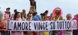 Il Gay Pride a Napoli a 50 anni da Stonewall