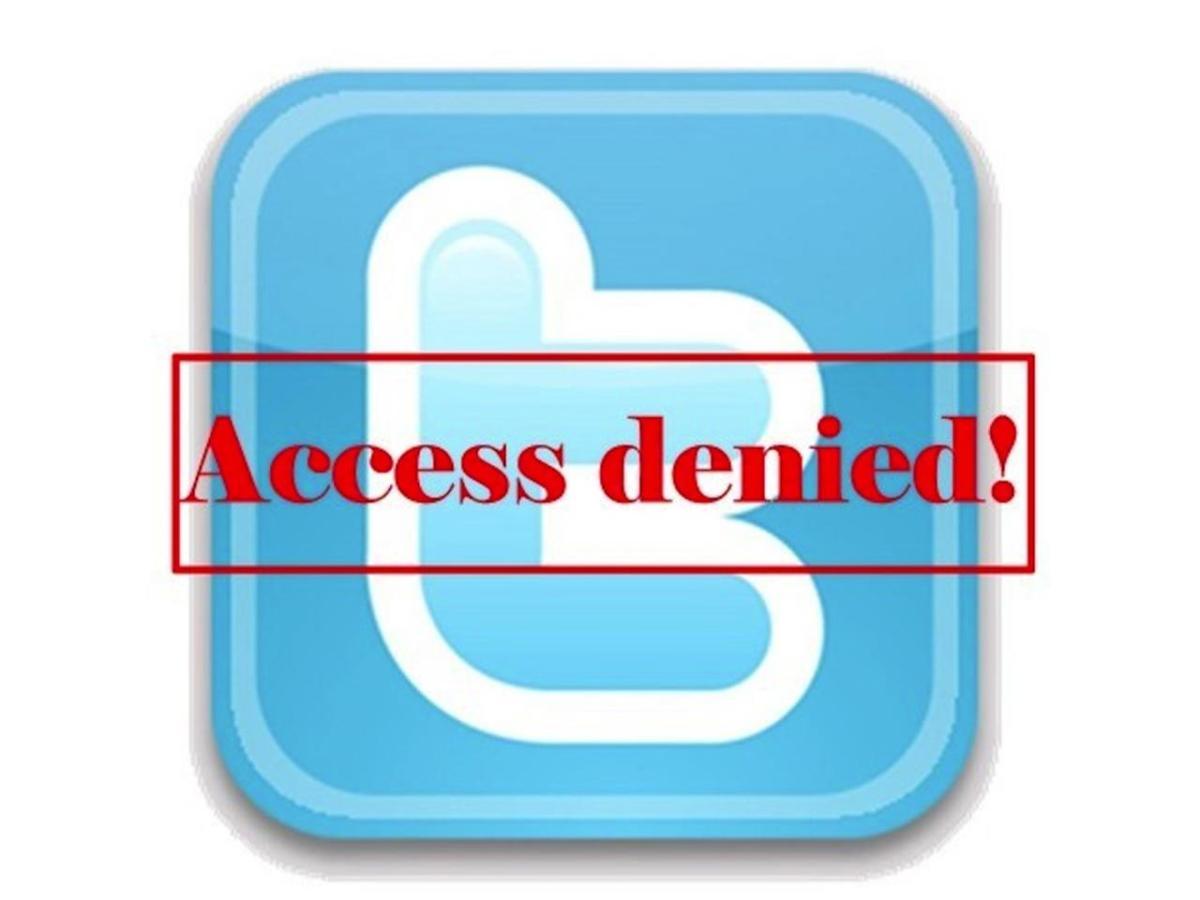Pakistan Contro La Rete Facebook Accetta La Censura Twitter No Linkiesta It