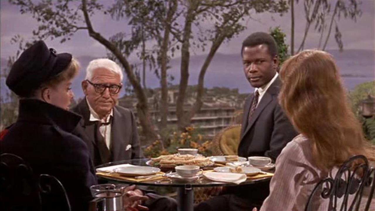 """Indovina chi viene a cena"""", mezzo secolo dopo. - Linkiesta.it"""