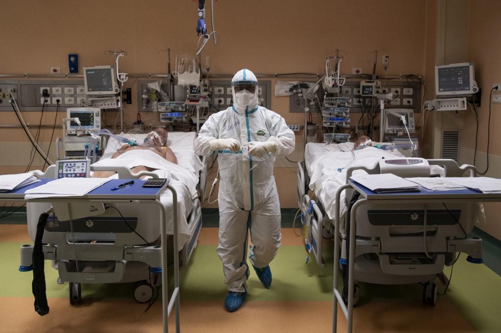 Cristian Manuel Perez, il medico peruviano dalle mille vite
