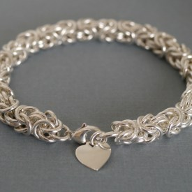 Sterling silver chainmaille bracelet by Linkouture